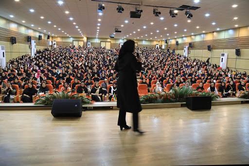 اهمیت اجاره کولر گازی در برگزاری مراسم