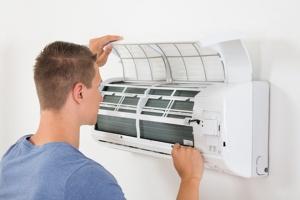 استفاده صحیح و بهره برداری مناسب از کولرگازی و اسپیلت ها مانند هر وسیله دیگری نیازمند دریافت اطلاعاتی است که در صورت توجه به آنها علاوه بر بهره مندی ازهوای خنک و مطبوع کولرگازی و اسپلیت در فصل گرم تابستان ، از پرداخت هزینه سرسام آور برق مصرفی جلوگیری می نماید و متقابلا بدون توجه به آن موارد ممکن است با هزینه سنگین برق مصرفی مواجه گردید. خصوصا که در شرایط فعلی هزینه برق مصرفی واحدها بصورت غیر یارانه ای محاسبه و دریافت می گردند.